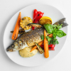 Сибас на гриле с молодыми овощами и соусом беарнез