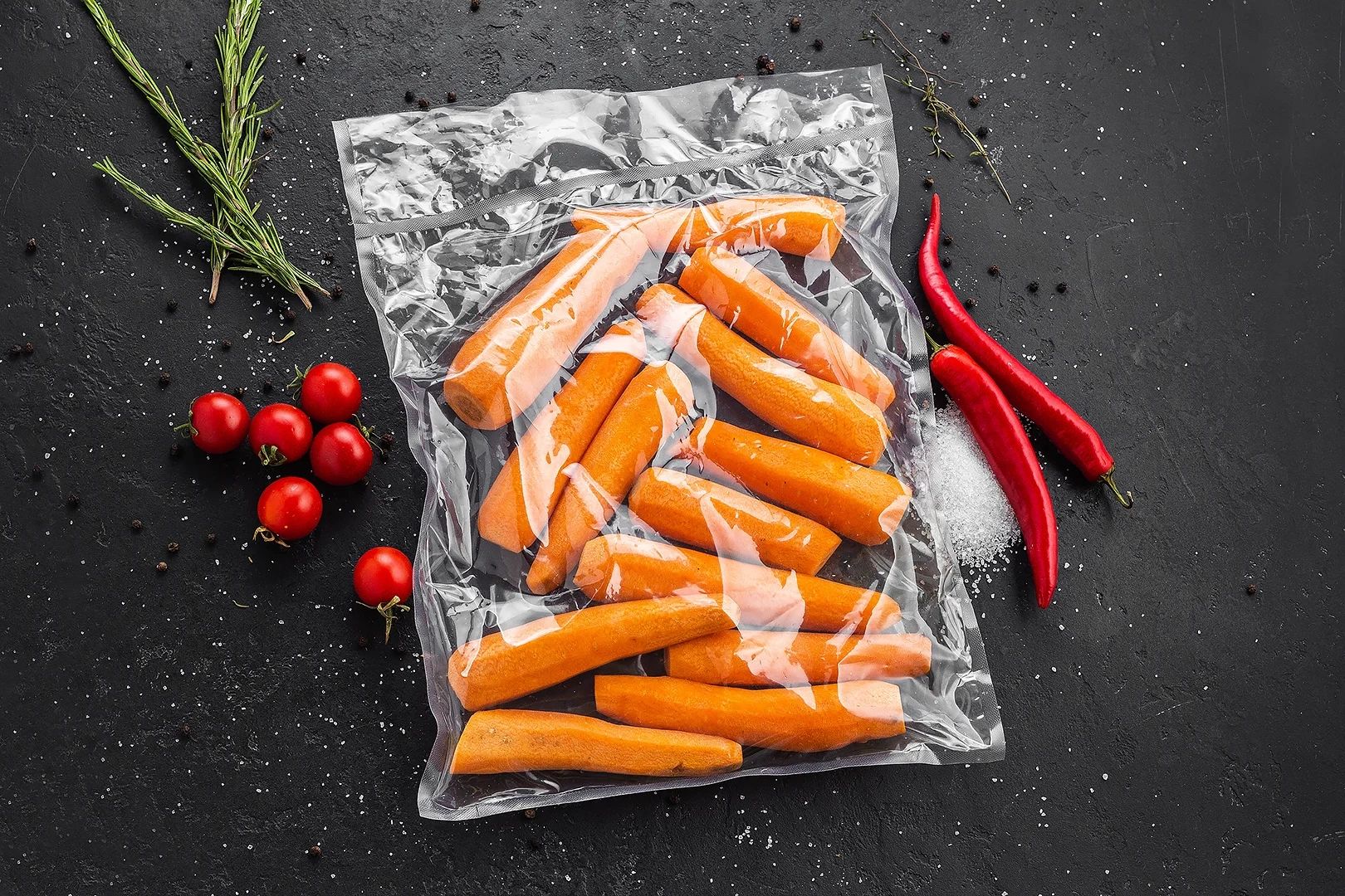 Морковь сезонная очищенная